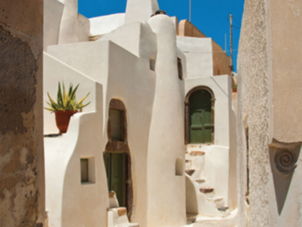 Full day tailor-made tour of Santorini